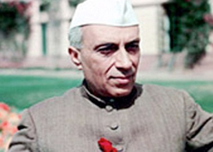 How Pandit Nehru's popularity declined?