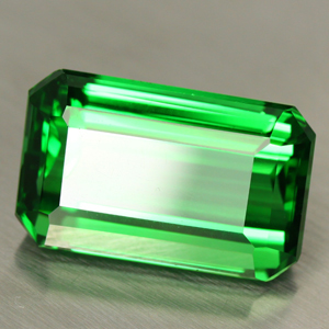The incredible Benefits of wearing Emerald Panna stone