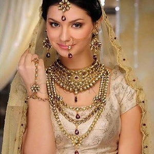 Scientific Reasons Behind Wearing Jewellery