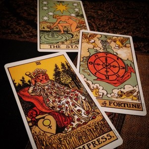 How To Make Tarot Readings for 2018